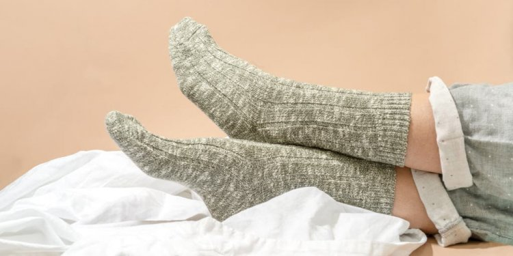 Give your feet relaxation by wearing woolen socks!